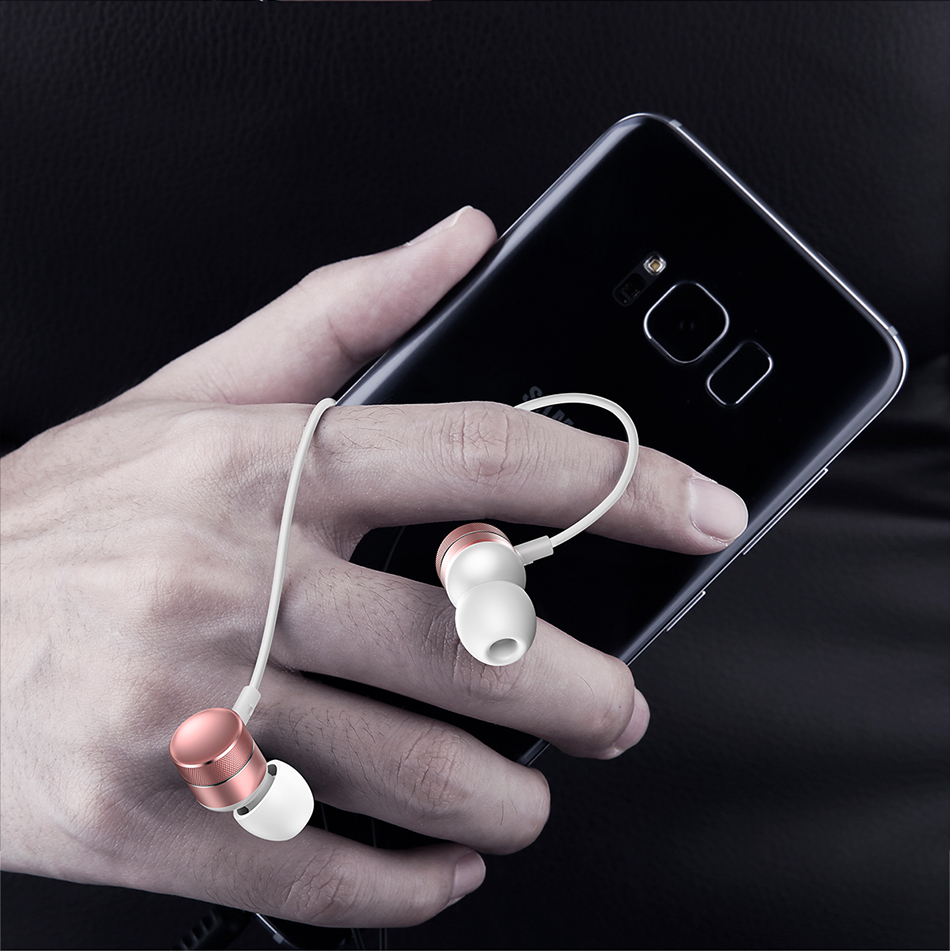 Фото Baseus H04 Bass Sound Earphone In-Ear Sport Earphones with mic for xiaomi iPhone Samsung Headset fone de ouvido auriculares MP3
